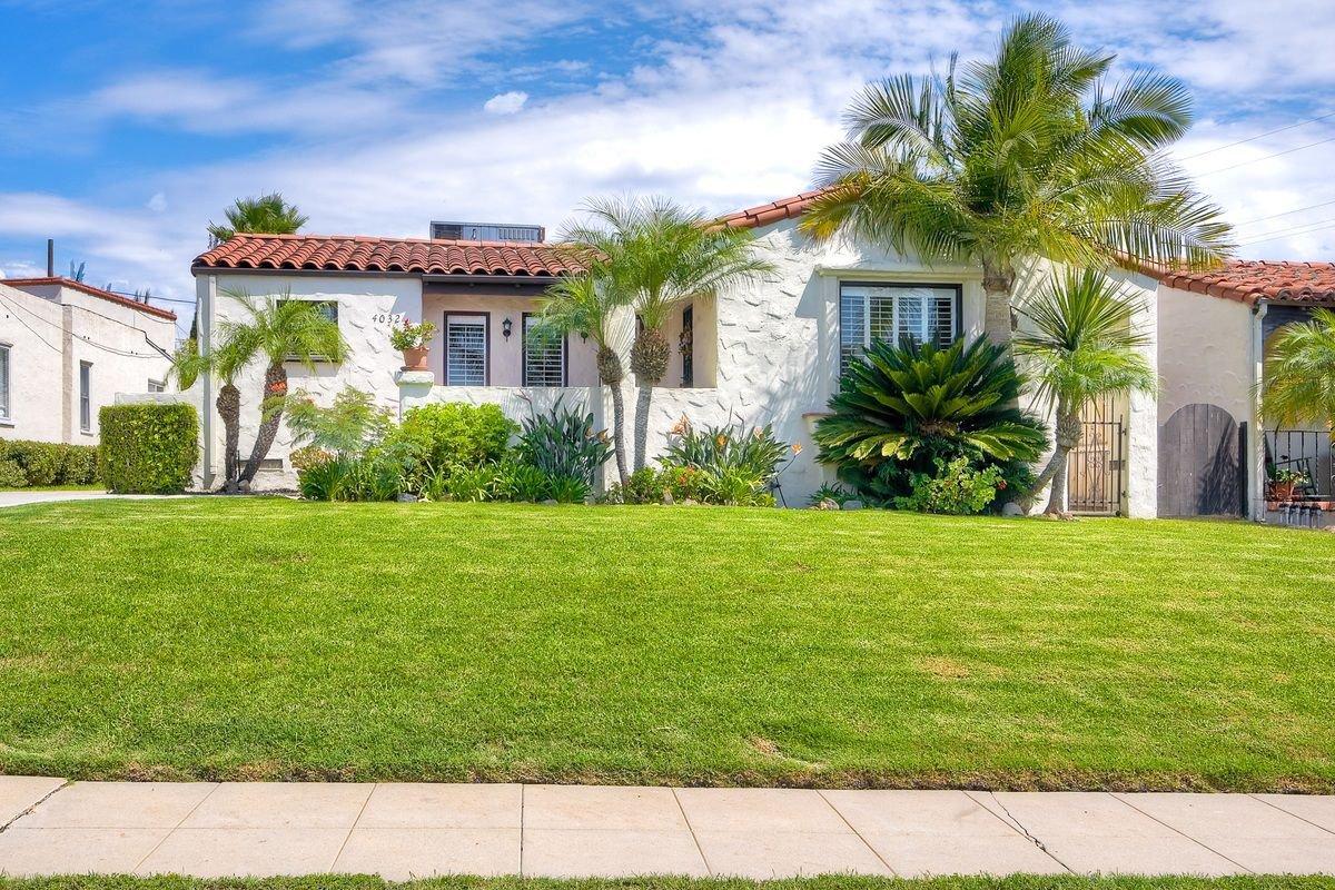 Main Photo: KENSINGTON House for sale : 3 bedrooms : 4032 S Hempstead Cir in San Diego