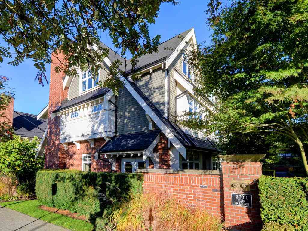Main Photo: 3752 WELWYN STREET in Vancouver: Victoria VE Townhouse for sale (Vancouver East)  : MLS®# R2214052