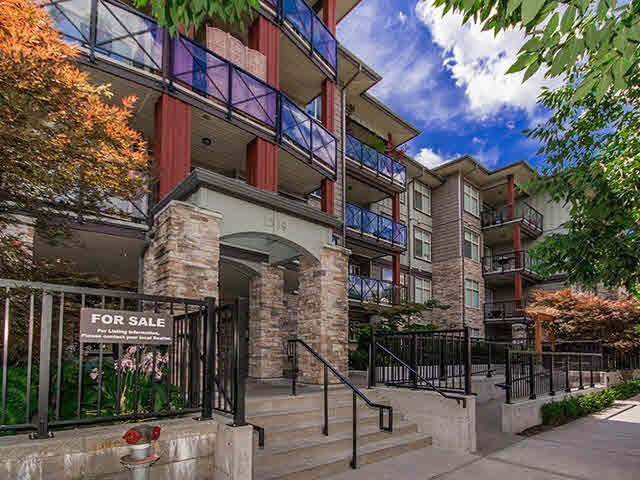 Main Photo: 303 2336 WHYTE AVENUE in Port Coquitlam: Central Pt Coquitlam Condo for sale : MLS®# R2138172
