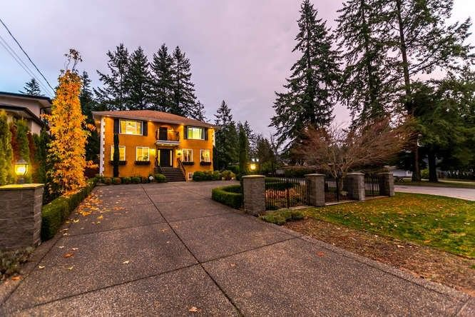 """Main Photo: 681 FLORENCE Street in Coquitlam: Coquitlam West House for sale in """"CENTRAL COQUITLAM"""" : MLS®# R2241215"""