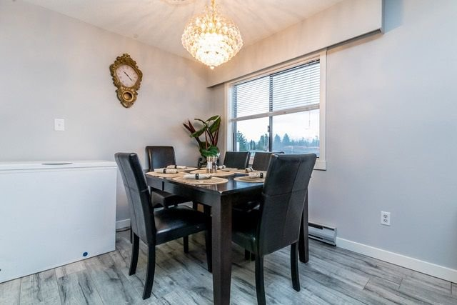 """Photo 4: Photos: 202 2211 CLEARBROOK Road in Abbotsford: Abbotsford West Condo for sale in """"Glenwood Manor"""" : MLS®# R2242962"""