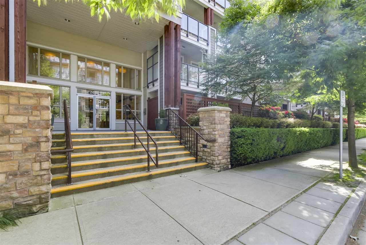 "Main Photo: 112 2484 WILSON Avenue in Port Coquitlam: Central Pt Coquitlam Condo for sale in ""VERDE"" : MLS®# R2275590"