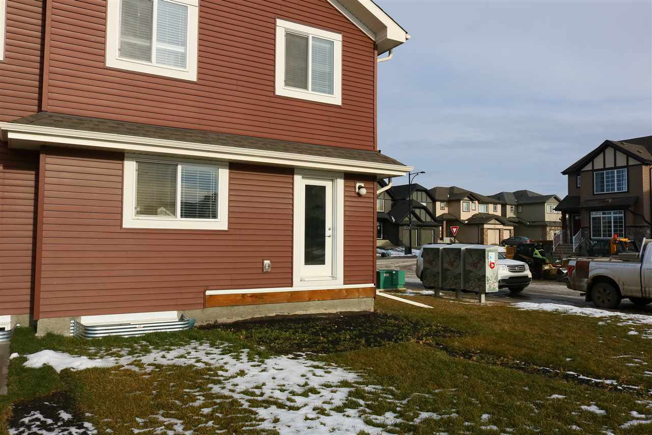 Photo 19: Photos: 5203 20 Ave in Edmonton: Zone 53 House Half Duplex for sale : MLS®# E4136572
