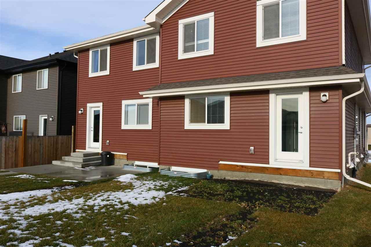 Photo 15: Photos: 5203 20 Ave in Edmonton: Zone 53 House Half Duplex for sale : MLS®# E4136572