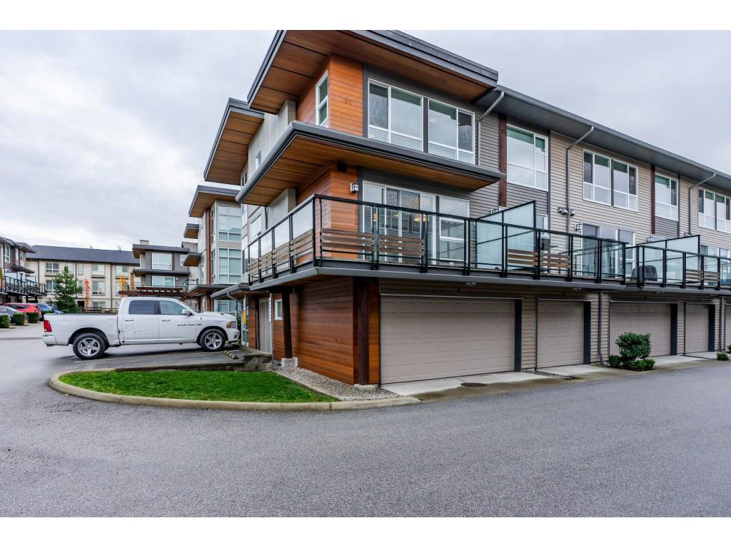 "Main Photo: 14 16223 23A Avenue in Surrey: Grandview Surrey Townhouse for sale in ""Breeze"" (South Surrey White Rock)  : MLS®# R2326131"