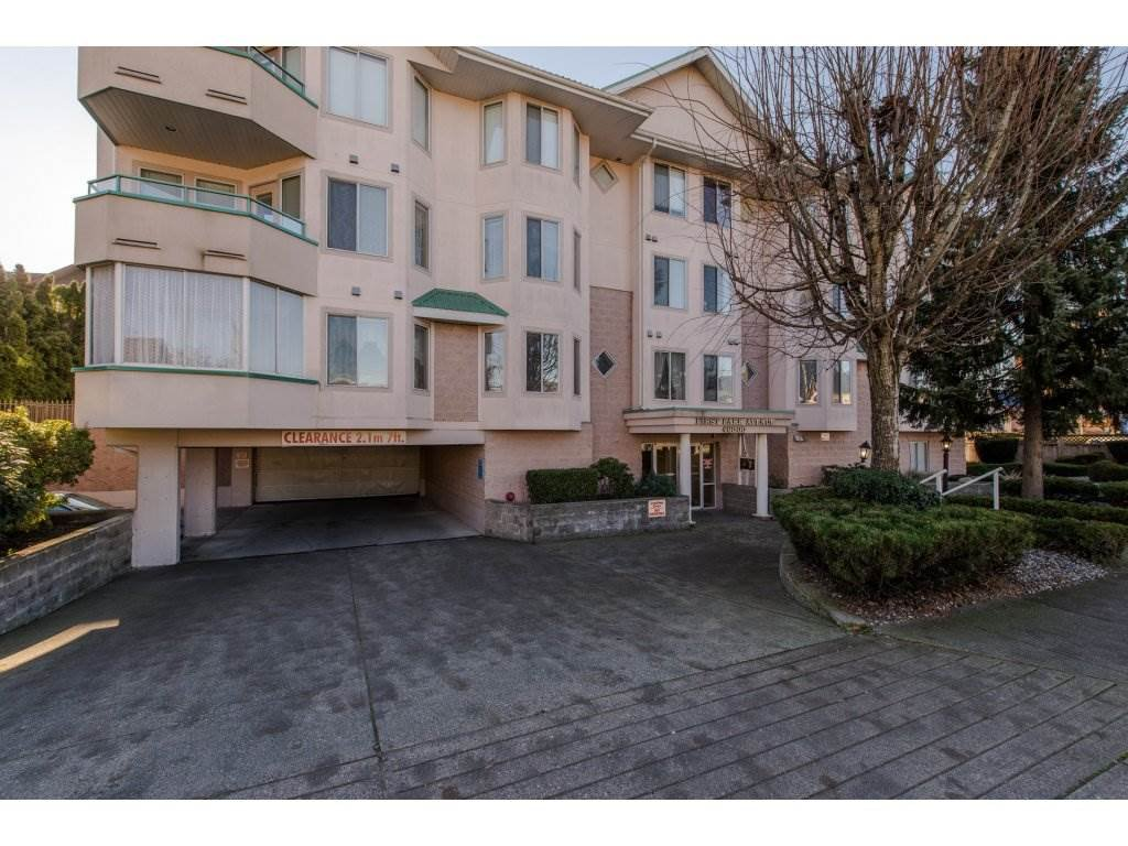 "Main Photo: 301 46000 FIRST Avenue in Chilliwack: Chilliwack E Young-Yale Condo for sale in ""First Park Ave"" : MLS®# R2327043"