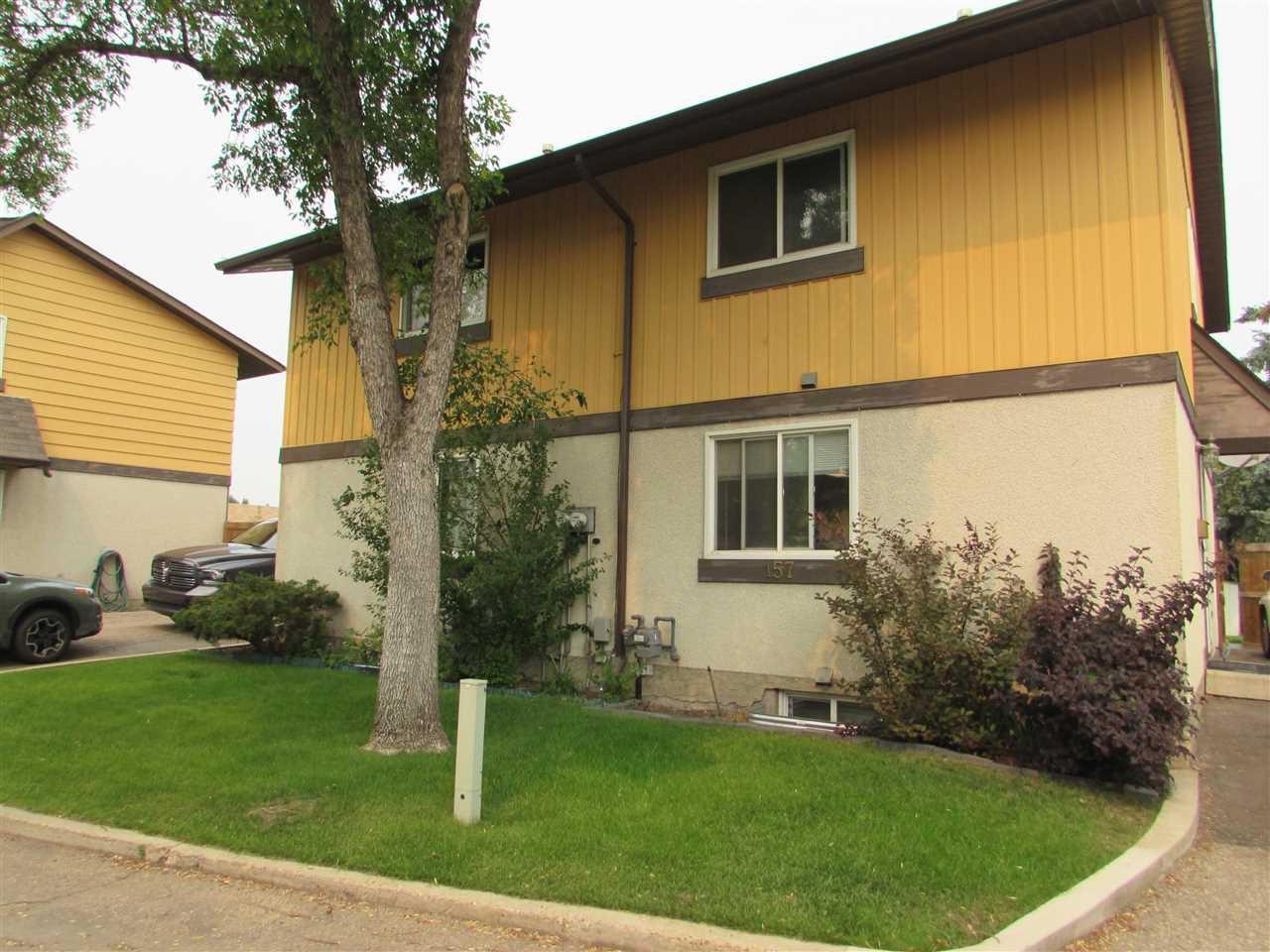 Main Photo: 157 Woodstock in Edmonton: Zone 20 Townhouse for sale : MLS®# E4139515