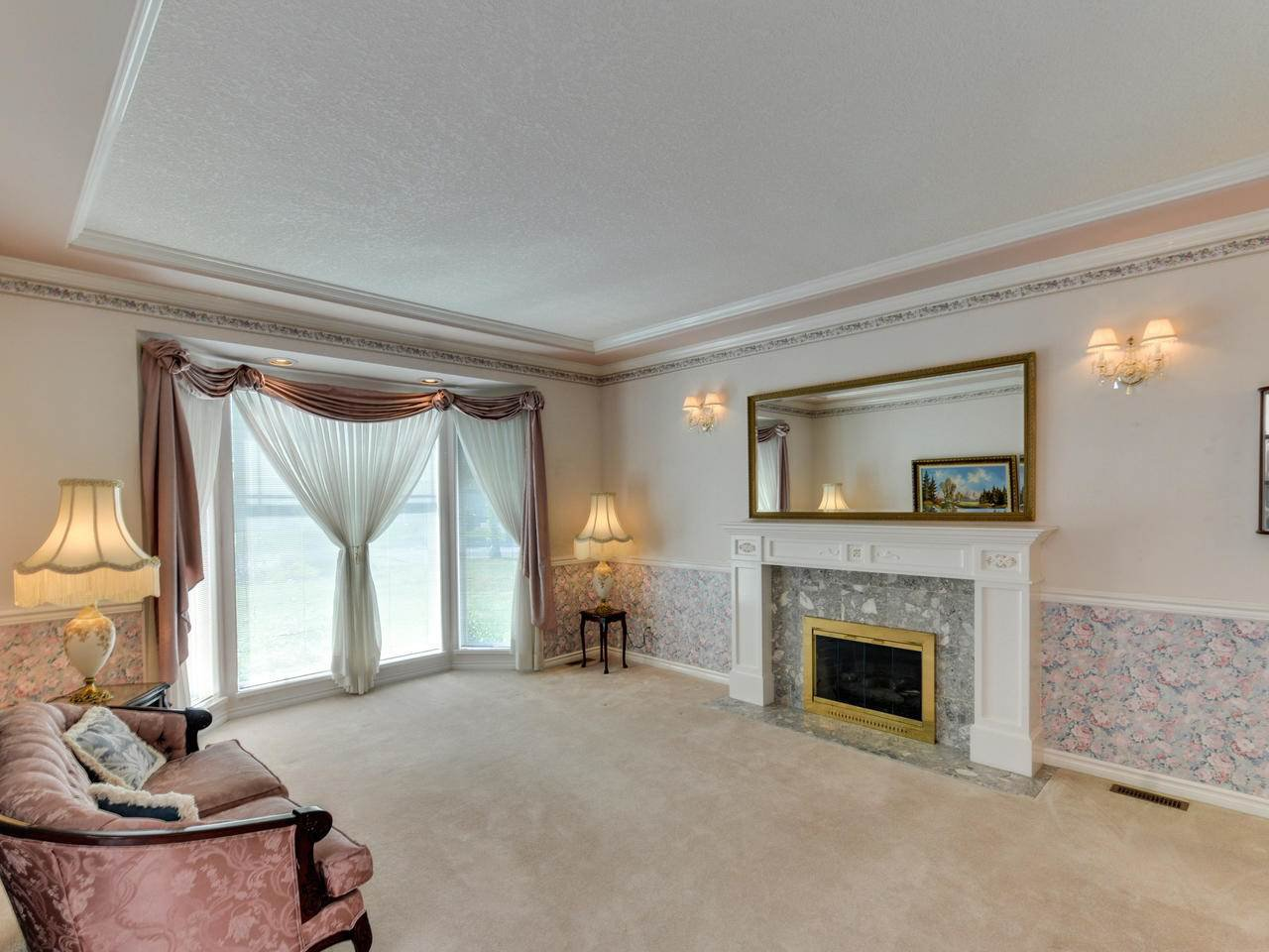 "Photo 3: Photos: 14923 24A Avenue in Surrey: Sunnyside Park Surrey House for sale in ""Sherborrke Estates"" (South Surrey White Rock)  : MLS®# R2374300"