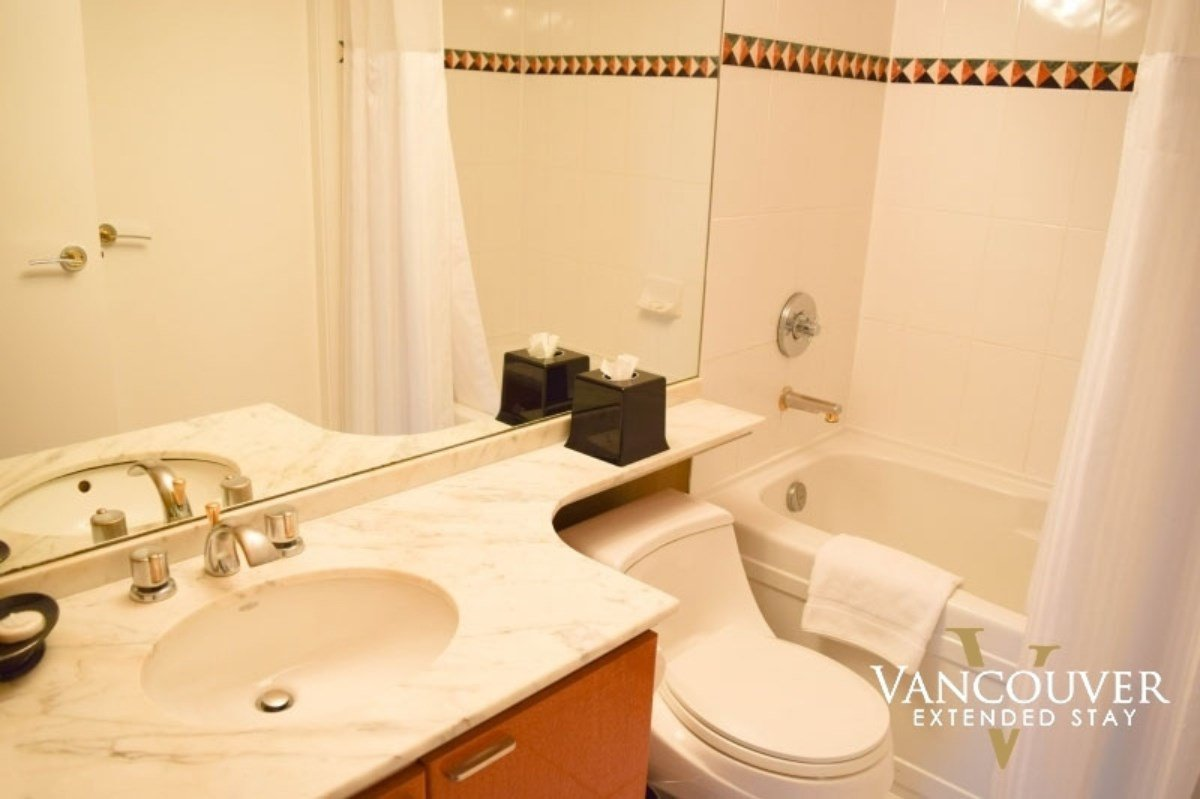 """Photo 12: Photos: 601 1200 ALBERNI Street in Vancouver: West End VW Condo for sale in """"THE PALISADES"""" (Vancouver West)  : MLS®# R2410419"""