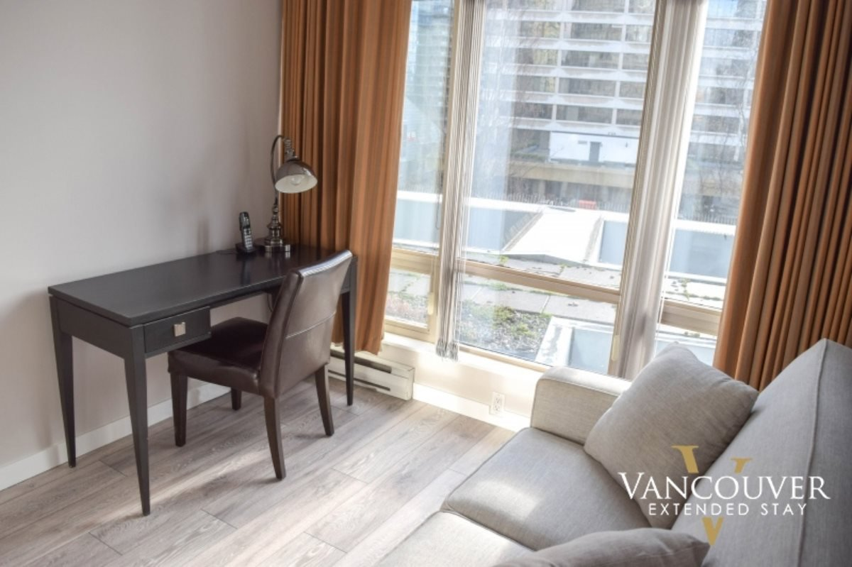 """Photo 10: Photos: 601 1200 ALBERNI Street in Vancouver: West End VW Condo for sale in """"THE PALISADES"""" (Vancouver West)  : MLS®# R2410419"""