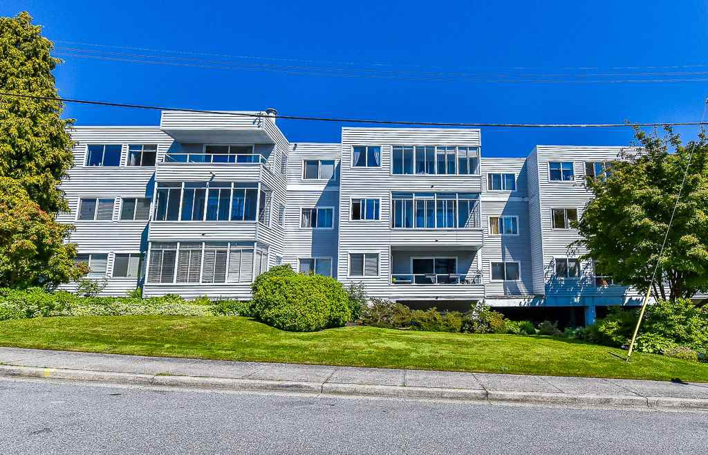 Main Photo: 110 1354 WINTER STREET in : White Rock Condo for sale : MLS®# R2171456