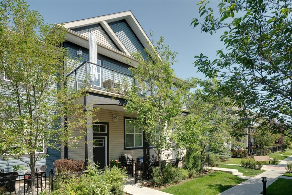Main Photo: 1036 MCKENZIE TOWNE Villas SE in Calgary: McKenzie Towne Row/Townhouse for sale : MLS®# A1019089