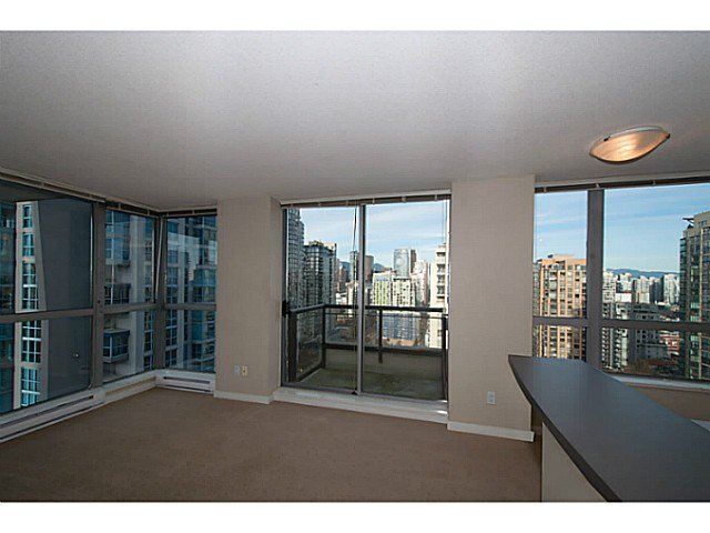 "Main Photo: 2201 1295 RICHARDS Street in Vancouver: Downtown VW Condo for sale in ""The Oscar"" (Vancouver West)  : MLS®# V1108690"