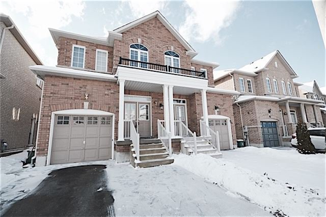 Main Photo: Marie Commisso Vaughan Real Estate 22 Lahore Crest in Markham: Cedarwood House For Sale