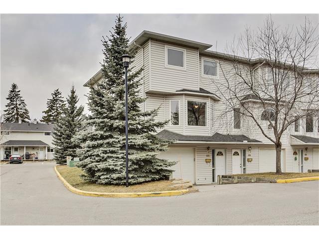 Main Photo: 485 REGAL Park NE in Calgary: Renfrew House for sale : MLS®# C4054318