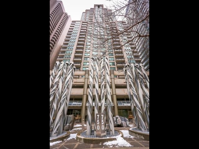 Main Photo: 1701 750 Bay Street in Toronto: Bay Street Corridor Condo for sale (Toronto C01)  : MLS®# C3458736