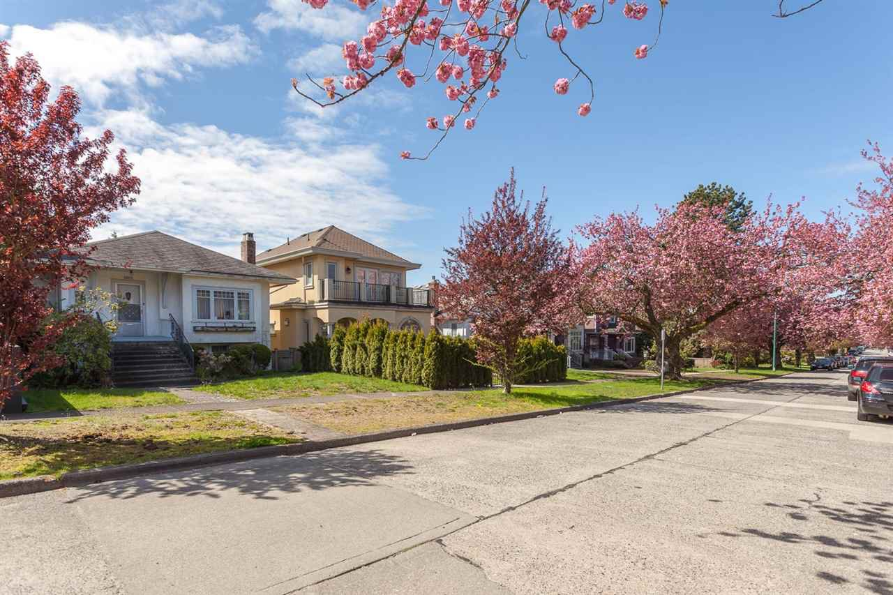 Main Photo: 1926 W 42ND Avenue in Vancouver: Kerrisdale House for sale (Vancouver West)  : MLS®# R2161088