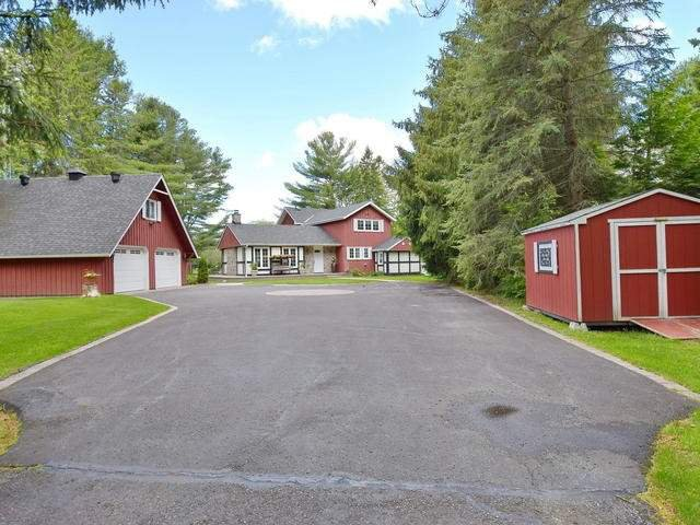 Main Photo: 35 Portage Road: Kawartha Lakes Freehold for sale : MLS®# X3826663