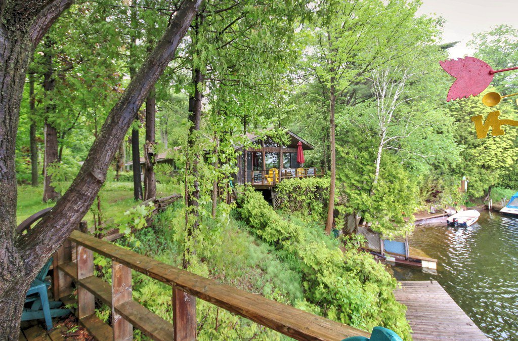 Main Photo: 45 Stanley Road: Kawartha Lakes Freehold for sale : MLS®# X3830423