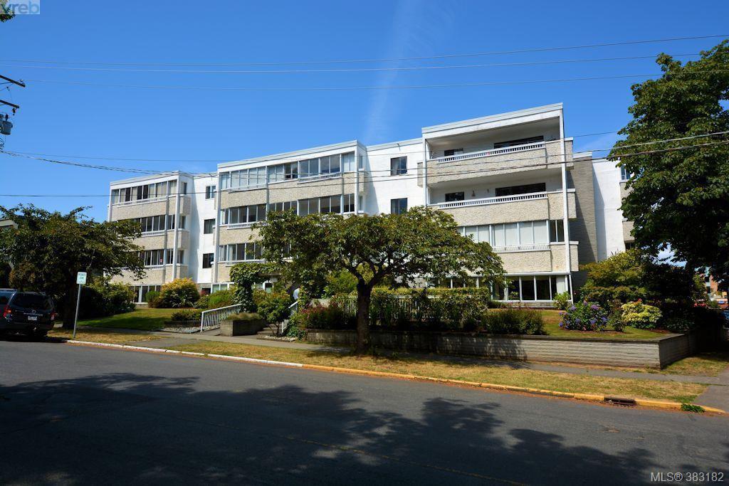 Main Photo: 303 1050 Park Blvd in VICTORIA: Vi Fairfield West Condo for sale (Victoria)  : MLS®# 770112