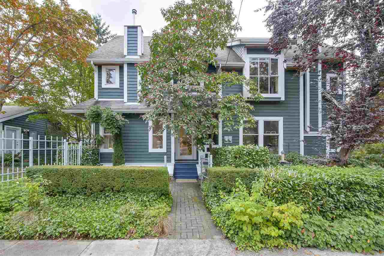 Main Photo: 2238 COLLINGWOOD Street in Vancouver: Kitsilano House 1/2 Duplex for sale (Vancouver West)  : MLS®# R2208060