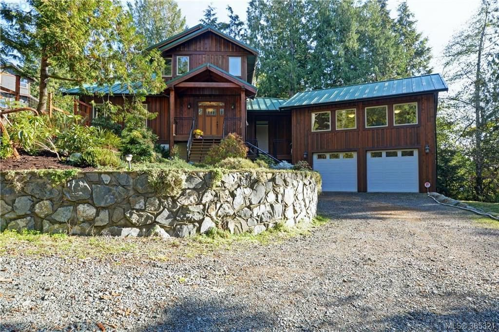 Main Photo: 2551 Eaglecrest Dr in SOOKE: Sk Otter Point Single Family Detached for sale (Sooke)  : MLS®# 774264