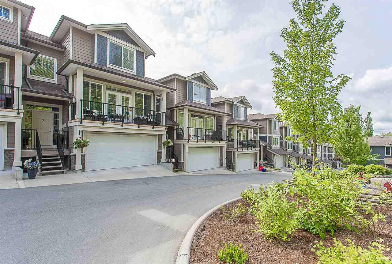 Main Photo: 9 11384 BURNETT Street in Maple Ridge: East Central Townhouse for sale : MLS®# R2274746