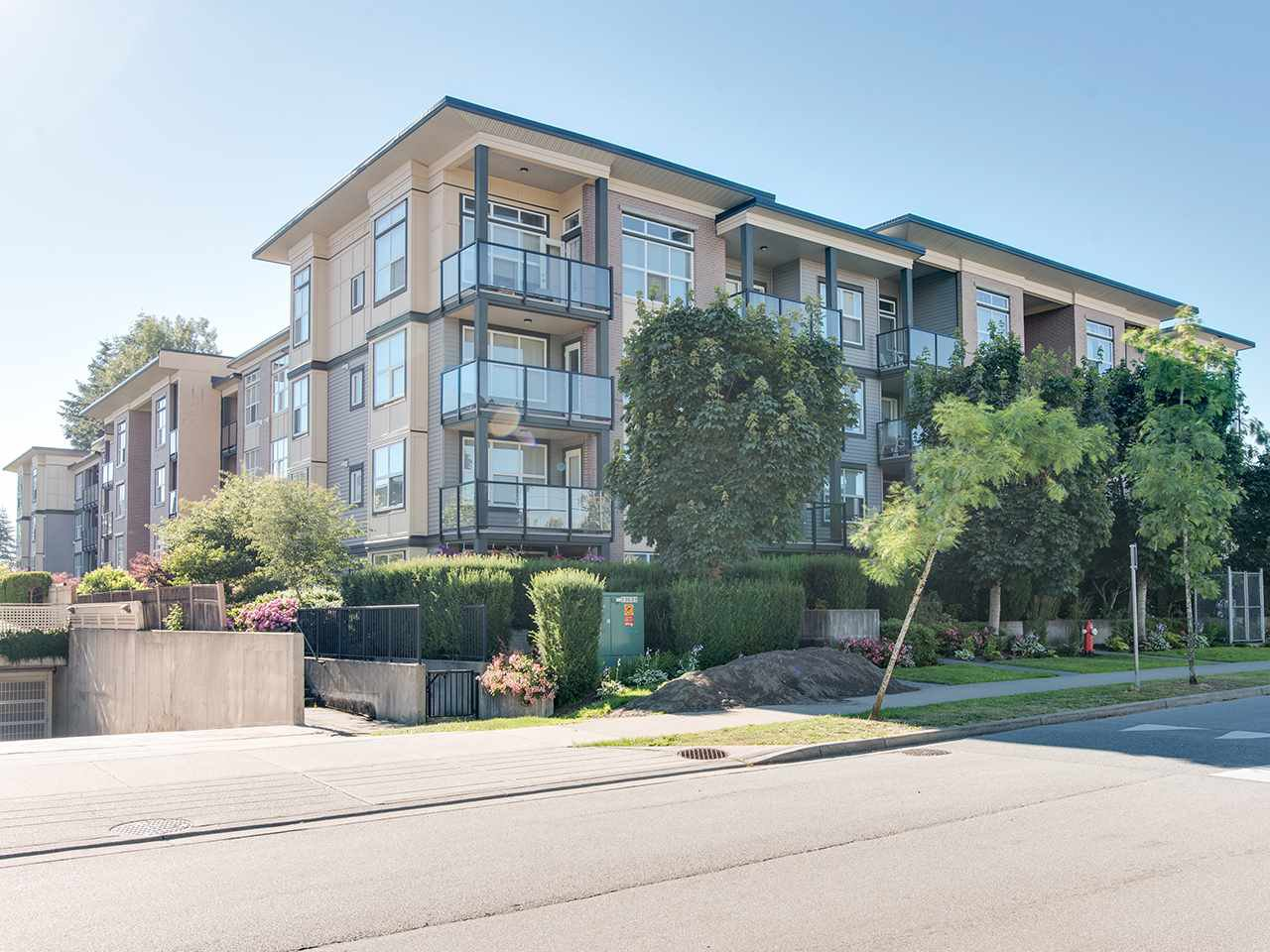 "Main Photo: 220 10707 139 Street in Surrey: Whalley Condo for sale in ""Aura II"" (North Surrey)  : MLS®# R2287897"
