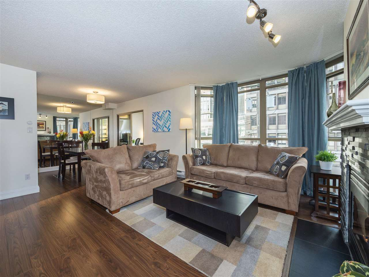 "Main Photo: 506 867 HAMILTON Street in Vancouver: Downtown VW Condo for sale in ""JARDINE'S LOOKOUT"" (Vancouver West)  : MLS®# R2324358"