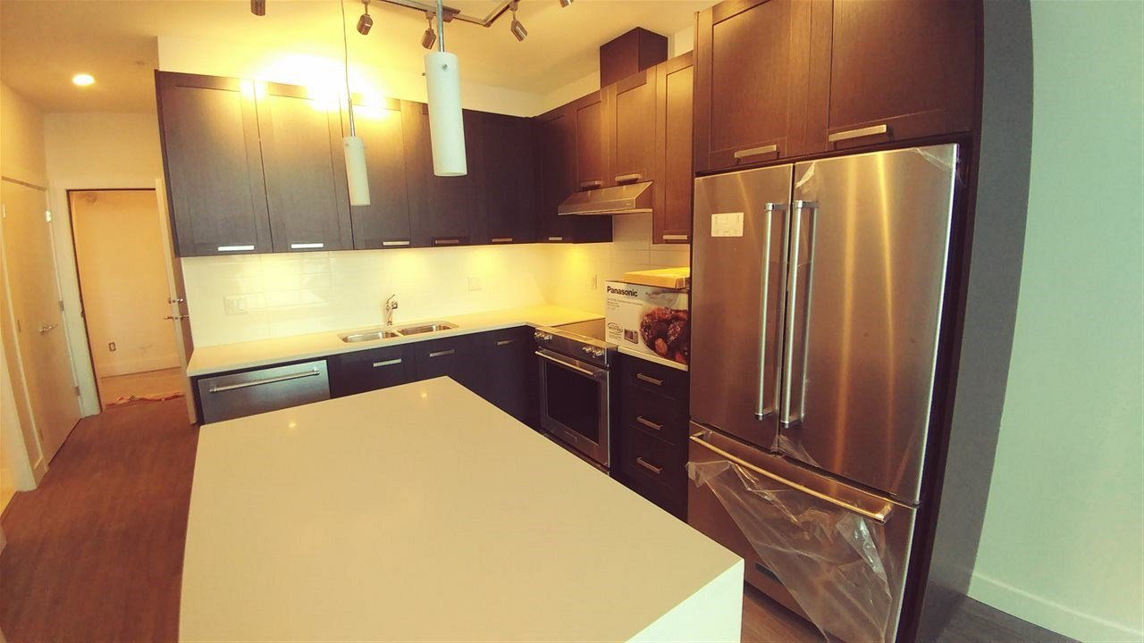 "Main Photo: 511 5638 201A Street in Langley: Langley City Condo for sale in ""The Civic"" : MLS®# R2353010"