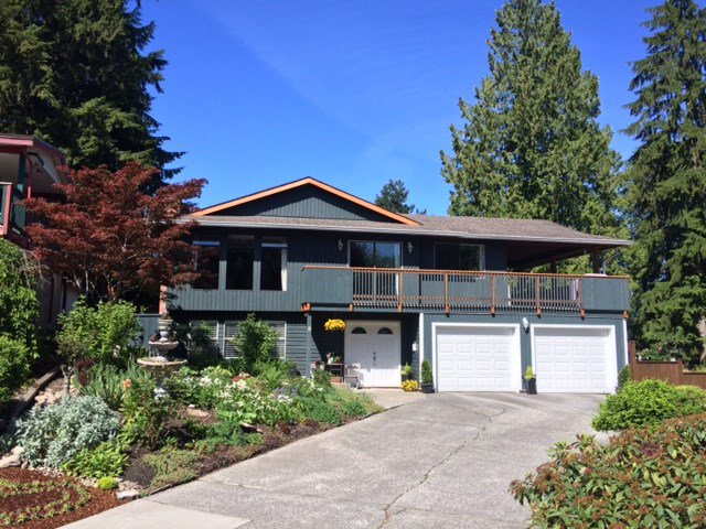 Main Photo: 8 TUXEDO Place in Port Moody: College Park PM House for sale : MLS®# R2360697