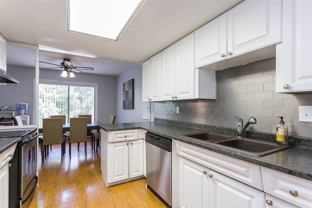 "Photo 5: Photos: 12 3015 TRETHEWEY Street in Abbotsford: Abbotsford West Townhouse for sale in ""Birch Grove Terrace"" : MLS®# R2365488"