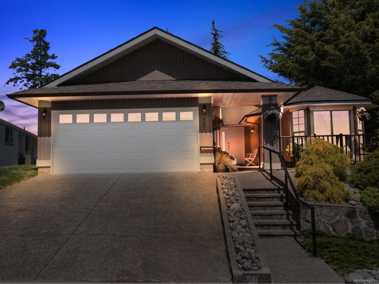 Main Photo: 547 Parkway Pl in COBBLE HILL: ML Cobble Hill House for sale (Malahat & Area)  : MLS®# 814751