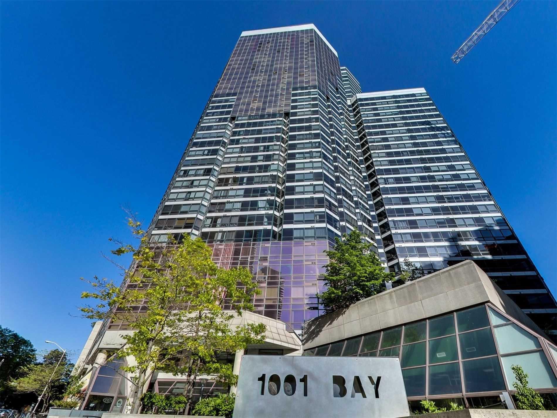 Main Photo: 1919 1001 Bay Street in Toronto: Bay Street Corridor Condo for lease (Toronto C01)  : MLS®# C5003466