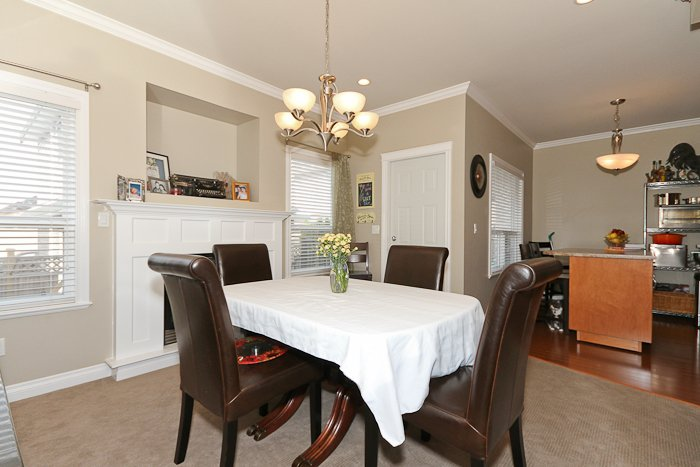 """Photo 14: Photos: 6819 192ND Street in Surrey: Clayton House for sale in """"CLAYTON"""" (Cloverdale)  : MLS®# F1105634"""