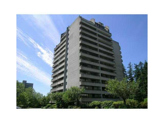 "Main Photo: 502 4194 MAYWOOD Street in Burnaby: Metrotown Condo for sale in ""PARK AVE TOWERS"" (Burnaby South)  : MLS®# V917276"