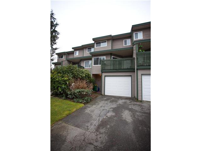 "Main Photo: 31 12180 189A Street in Pitt Meadows: Central Meadows Townhouse for sale in ""Meadow Estates"" : MLS®# V1042389"