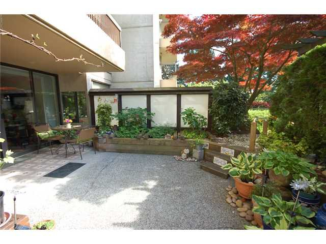"""Main Photo: 201 2041 BELLWOOD Avenue in Burnaby: Brentwood Park Condo for sale in """"ANOLA PLACE"""" (Burnaby North)  : MLS®# V1064683"""