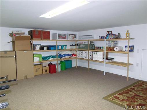 Photo 17: Photos: 741 Bexhill Rd in VICTORIA: Co Triangle Single Family Detached for sale (Colwood)  : MLS®# 635232