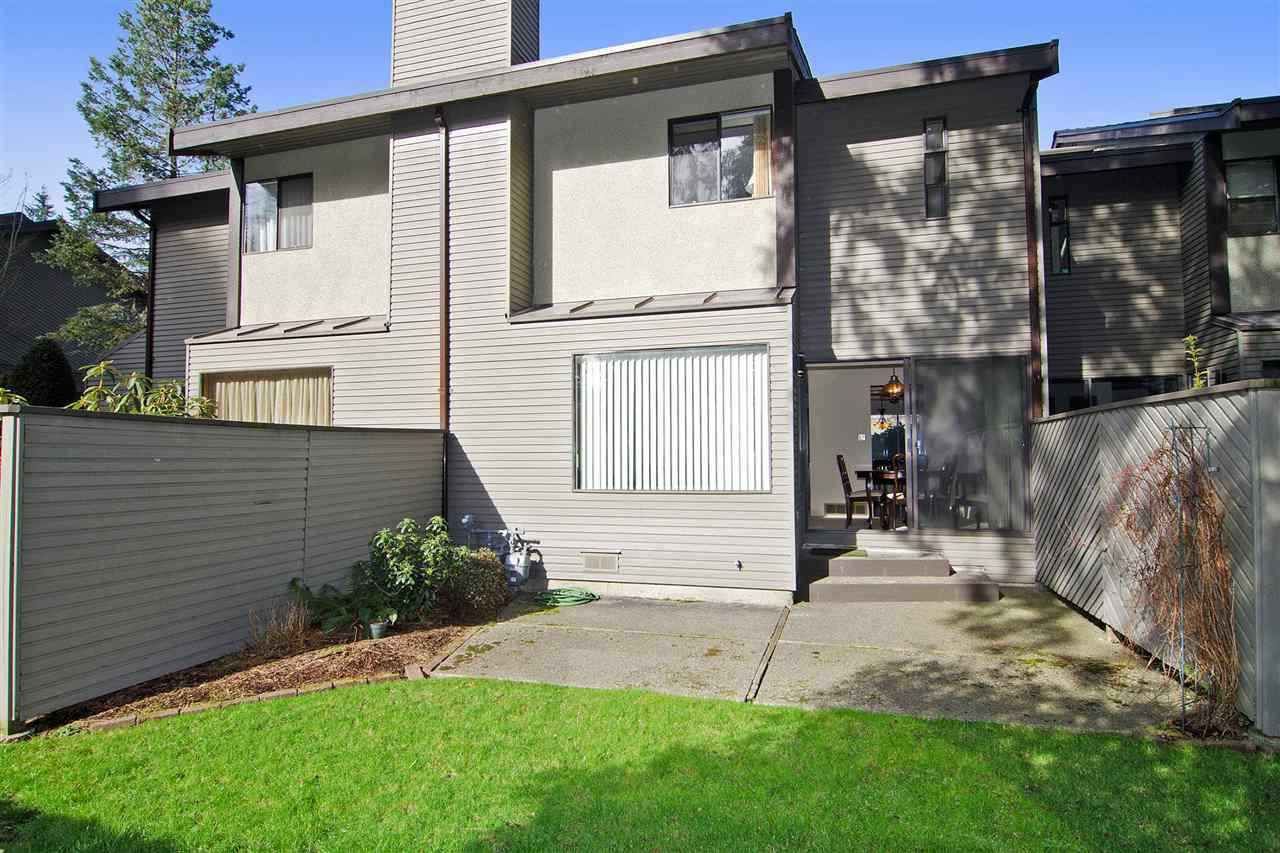 """Photo 16: Photos: 4709 GLENWOOD Avenue in North Vancouver: Canyon Heights NV Townhouse for sale in """"Montroyal Village"""" : MLS®# R2039436"""