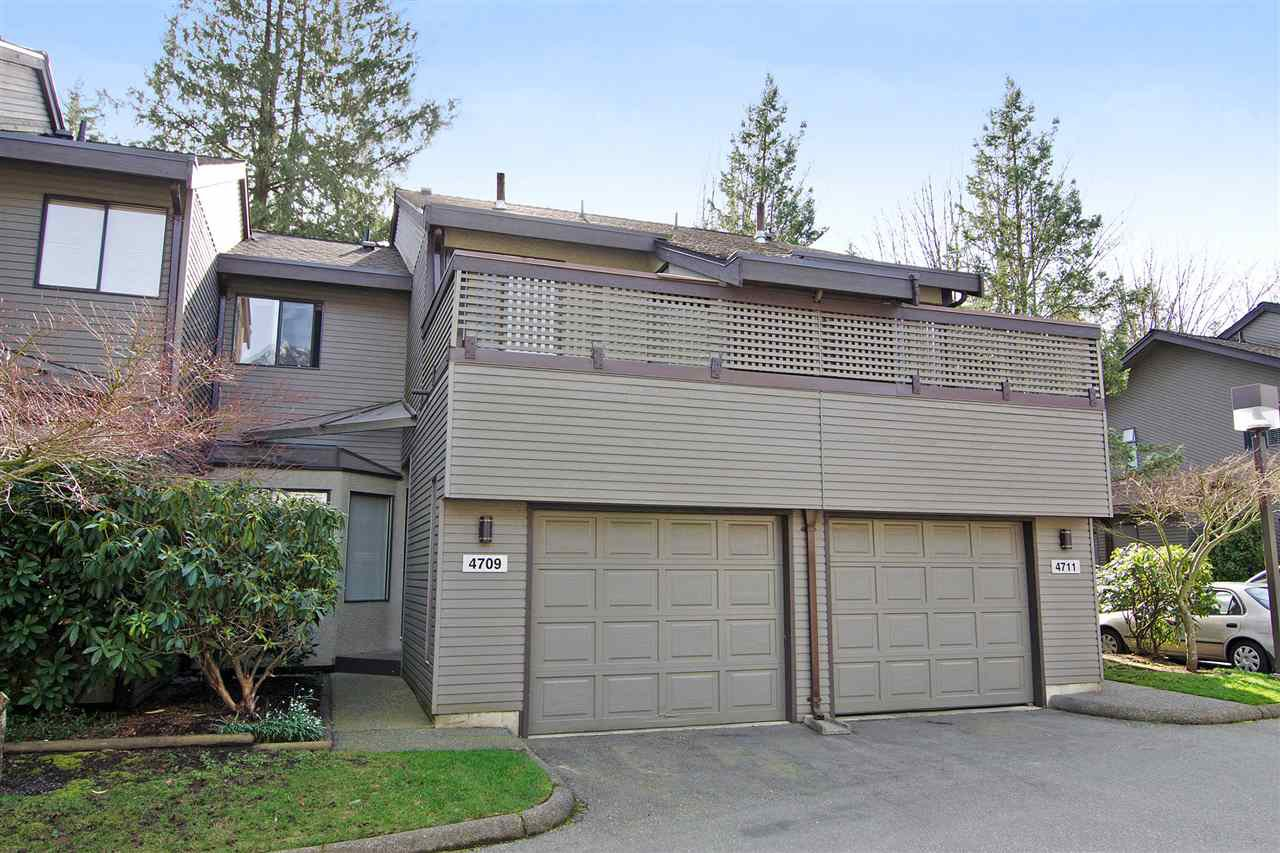 "Main Photo: 4709 GLENWOOD Avenue in North Vancouver: Canyon Heights NV Townhouse for sale in ""Montroyal Village"" : MLS®# R2039436"