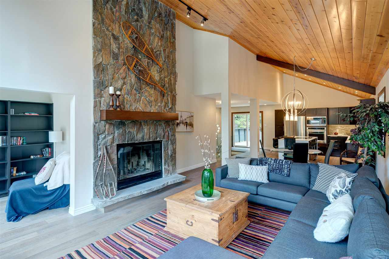 "Main Photo: 6315 FAIRWAY Drive in Whistler: Whistler Cay Heights House for sale in ""Whistler Cay Heights"" : MLS®# R2083888"