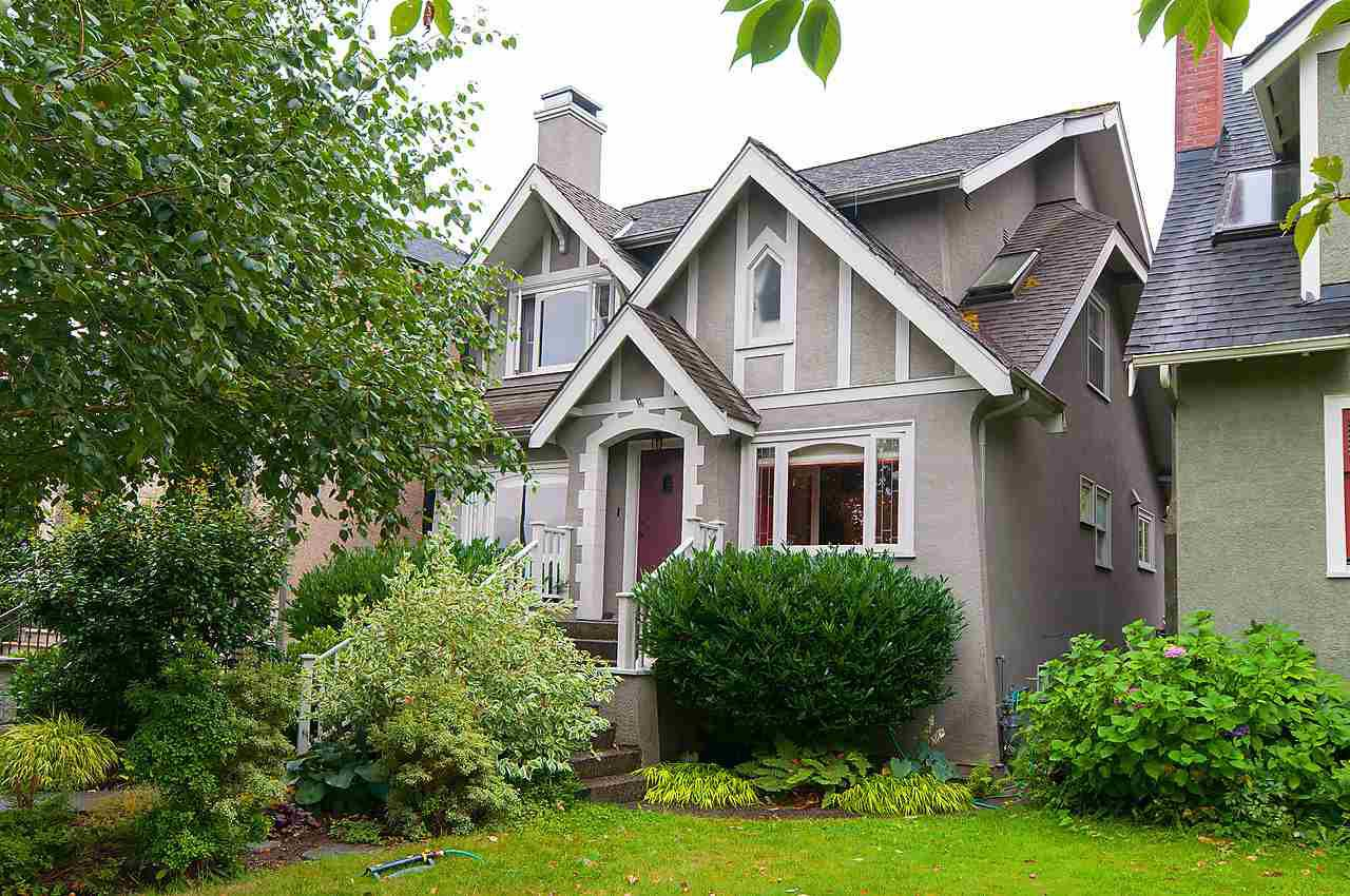 Main Photo: 3808 W 19TH Avenue in Vancouver: Dunbar House for sale (Vancouver West)  : MLS®# R2098070