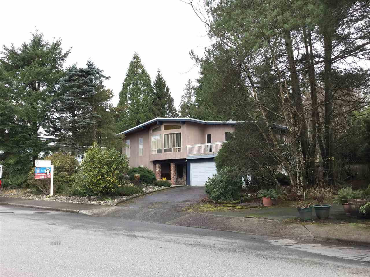 Main Photo: 3230 CARDINAL DRIVE in : Government Road House for sale : MLS®# R2031920