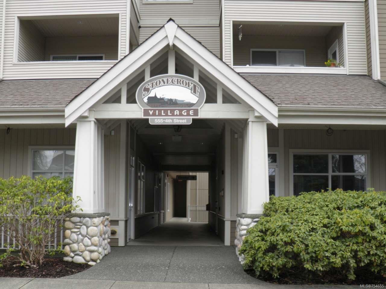Main Photo: 307 555 4th St in COURTENAY: CV Courtenay City Condo for sale (Comox Valley)  : MLS®# 754655