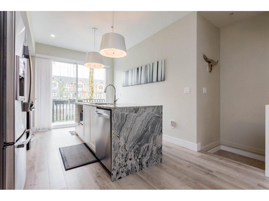 "Photo 5: Photos: 43 20852 77A Avenue in Langley: Willoughby Heights Townhouse for sale in ""ARCADIA"" : MLS®# R2156486"
