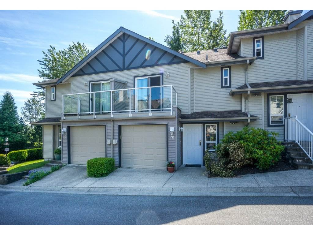 Main Photo: 20 11229 232 Street in Maple Ridge: East Central Townhouse for sale : MLS®# R2169827