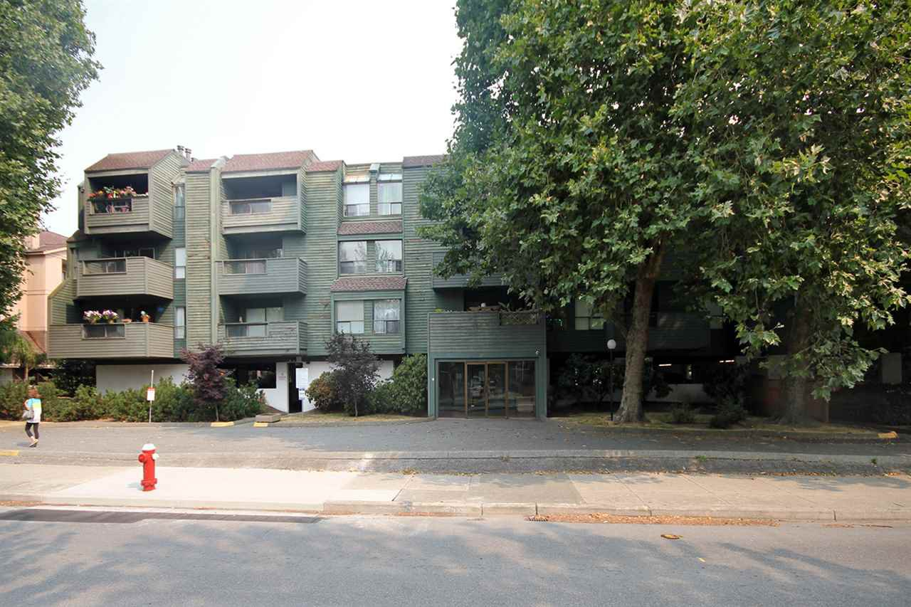 "Main Photo: 306 8591 WESTMINSTER Highway in Richmond: Brighouse Condo for sale in ""LANSDOWNE GROVE"" : MLS®# R2195672"