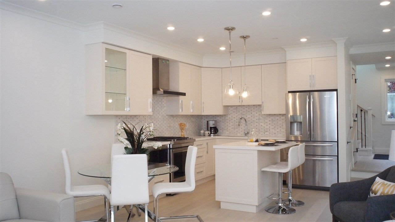 """Photo 6: Photos: 1838 W 12TH Avenue in Vancouver: Kitsilano Townhouse for sale in """"THE FOX HOUSE"""" (Vancouver West)  : MLS®# R2220651"""