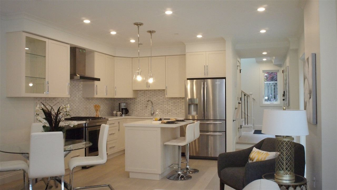 """Photo 7: Photos: 1838 W 12TH Avenue in Vancouver: Kitsilano Townhouse for sale in """"THE FOX HOUSE"""" (Vancouver West)  : MLS®# R2220651"""